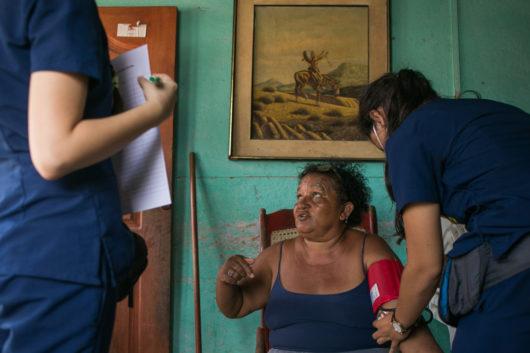 Jornada de Salud Integral en la comunidad de Villa Gloria