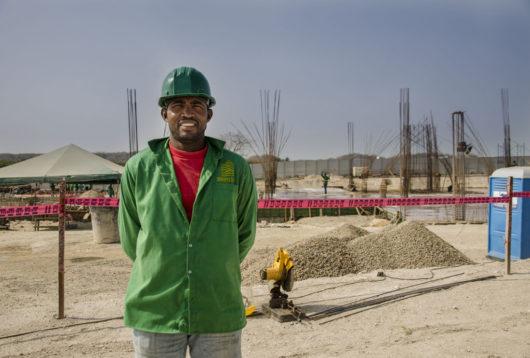 Luis Alberto Gómez Agresot de la comunidad de Manzanillo del Mar y trabajador en el proyecto Morros Eco.