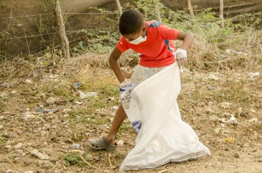 2da jornada de limpieza LimpiArte en Tierra Baja